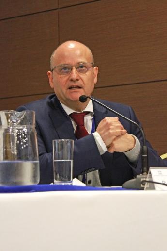 Prof. Rodrigo Barcia
