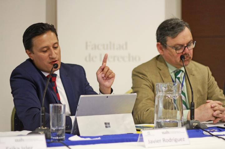 Prof. Javier Mauricio Rodríguez