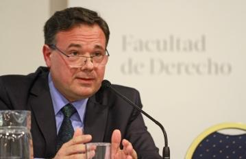 Prof. Carlos Hernández