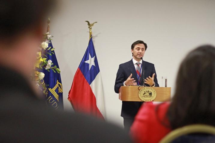 Sr. Lucas Del Villar Montt